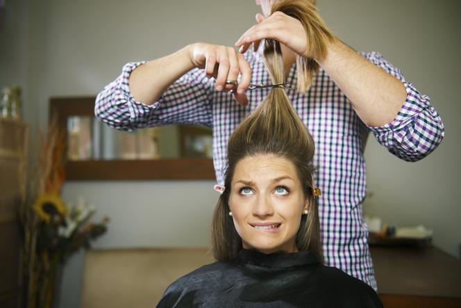 Wypadanie włosów po ciąży: dlaczego ścięcie włosów nie pomaga?